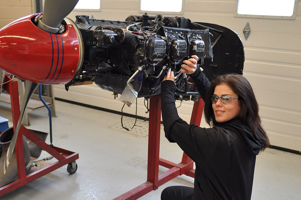 Aircraft Mechanic classes in college