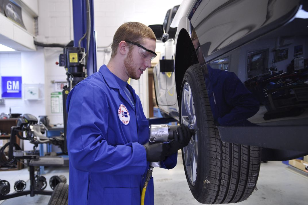 Auto Mechanic college subjects mecc